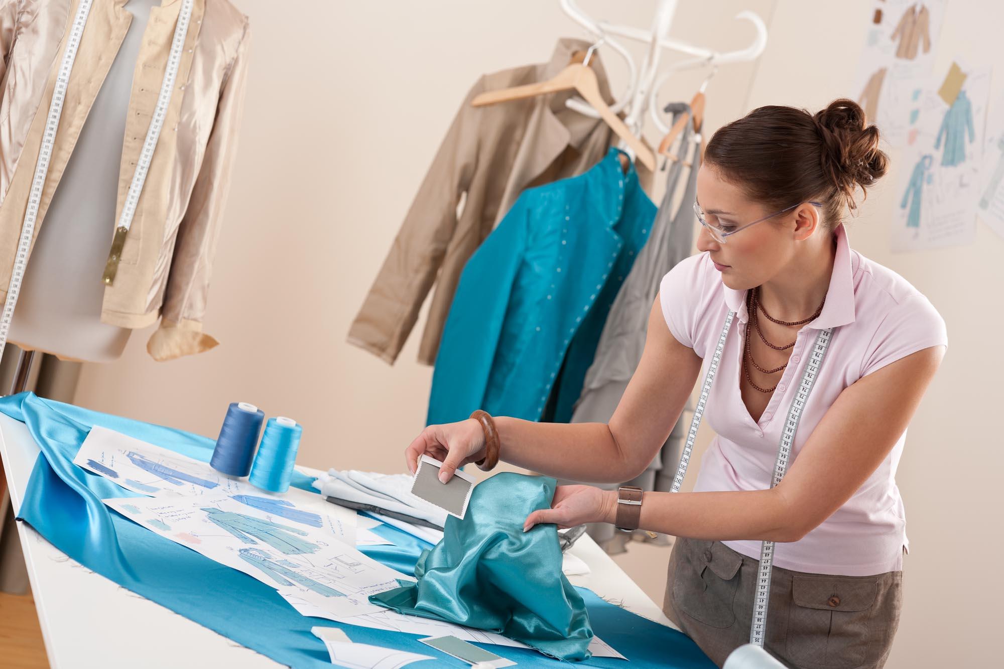 Швея или дизайнер одежды