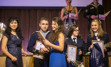 «Газпром нефть» поддержала ежегодный Морской молодежный бал в Санкт-Петербурге