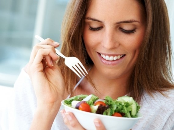 Сосредотачивайтесь на еде во время приема пищи