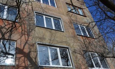 Авдеевский коксохим Группы Метинвест восстановил еще 18 поврежденных обстрелами многоэтажек