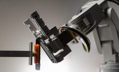 Робот Apple снижает количество электронных отходов