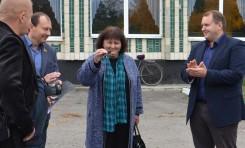 Нефтегаздобыча передала новую спецтехнику для благоустройства полтавского села