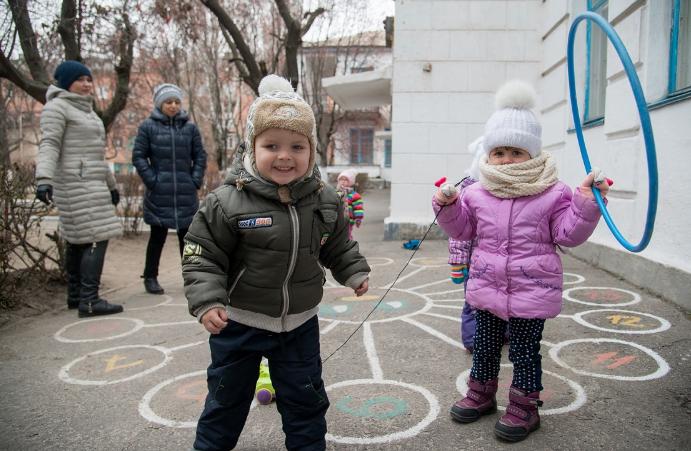 Для детей Мариуполя мир заиграет новыми красками