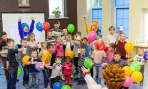 Праздник весны в Детской деревне - SOS: бренды Pantene и Safeguard провели мастер-класс и увлекательное шоу для воспитанников Детской деревни - SOS Лаврово