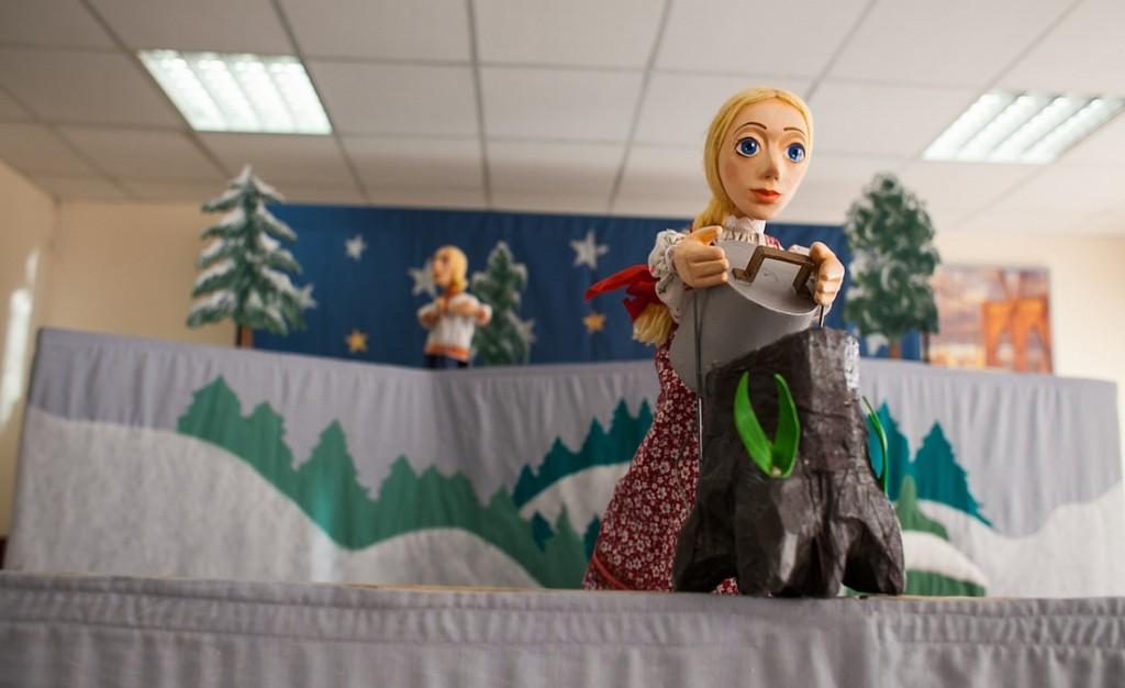 Волонтерский кукольный «Мобильный театр сказок МТС»