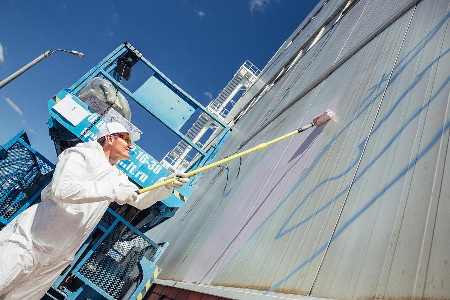 На ВМЗ, где создается самое большое граффити в мире, состоялся день открытых дверей