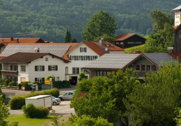 Как немецкая деревня производит на 500% больше энергии, чем потребляет