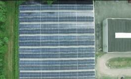Крупнейшая в Европе СЭС с двухсторонними солнечными панелями запущена в Нидерландах (видео)