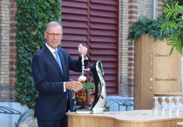Carlsberg Group создала работающий от ветряка бар с нулевым выбросом углерода