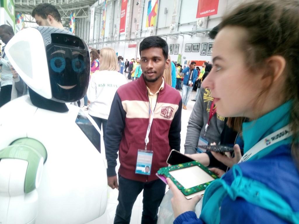 Белгородцы познакомились с «Лабораторией инноваций» Сбербанка на Всемирном фестивале молодёжи и студентов в Сочи