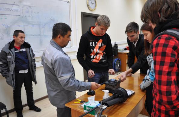«Ростелеком» в Краснодаре научил студентов-связистов сварке оптики