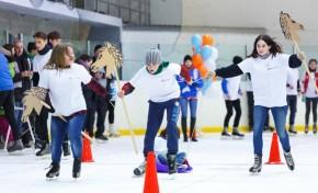 «Ростелеком» организовал эстафету на льду для воспитанников своих подшефных учреждений в Калининградской области