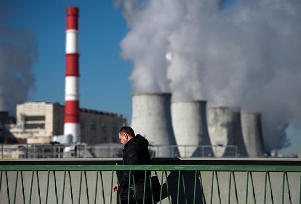 Дорого и опасно.Ископаемые источники энергии должны уйти в прошлое