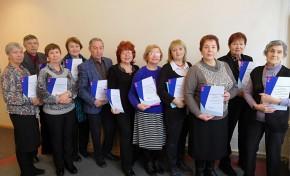 «Ростелеком» в Омске обучил «Азбуке интернета» юбилейную группу пенсионеров