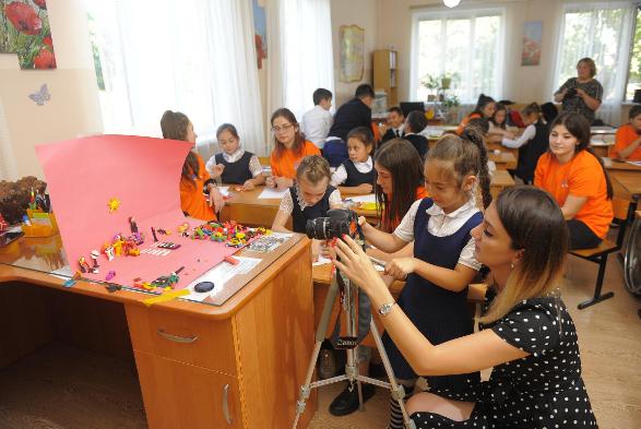 «Ростелеком» продолжает проект «Театр без сцены» в Северной Осетии