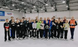 «Звездная дорожка» в Перми: известный российский тренер по фигурному катанию провел мастер-класс для детей и тренеров