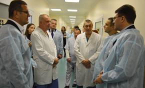 АКХЗ капитально отремонтировал два отделения Авдеевской центральной городской больницы