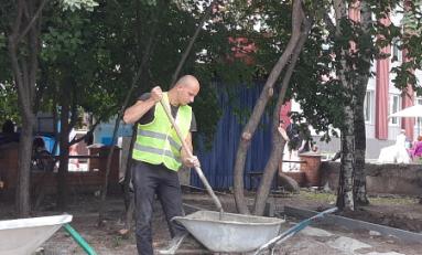 В Кривом Роге Метинвест помогает реконструировать площадь Даманского микрорайона