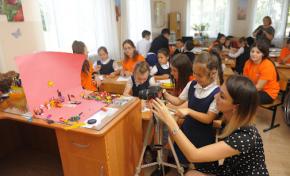 «Ростелеком» и «Театр без сцены» во Владикавказе помогли особенным детям