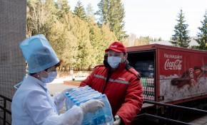 Coca-Cola в Беларуси передала более тысячи литров воды пациентам Республиканского клинического госпиталя