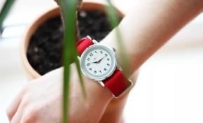 Время помогать: выручка от новой серии часов «Луч» пойдет на помощь белорусским медикам