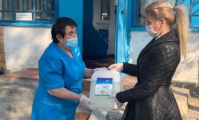 Метинвест передал медикам районных ФАПов более 500 литров антисептика