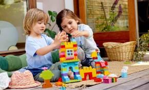 Компания LEGO помогает семьям и детям проводить время с пользой
